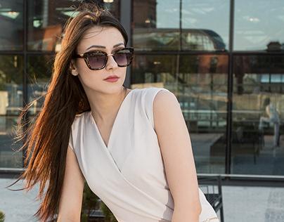 Modelka : Edith Novak Lato
