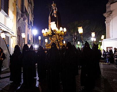 La processione Nera di Sorrento