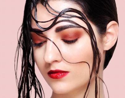 Wet beauty look