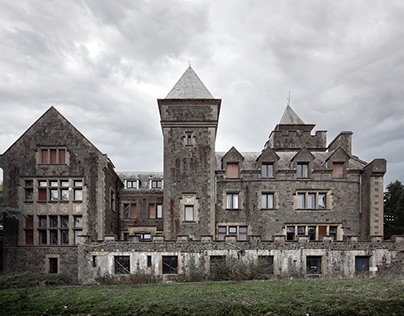 Abandoned castle in Belgium | Château Wolfenstein