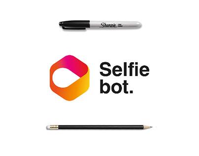 Selfiebot. | Direction Artistique