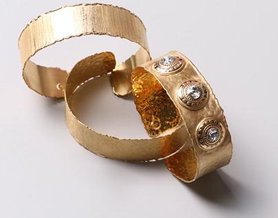 still life jewellery