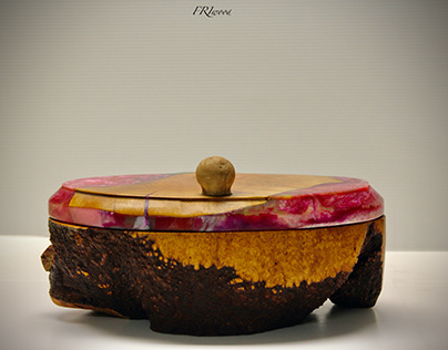 Wooden and resin JewelCase // Portagioie in legno