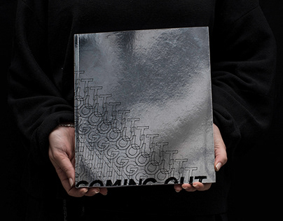 Coming Out. Exhibition catalogue