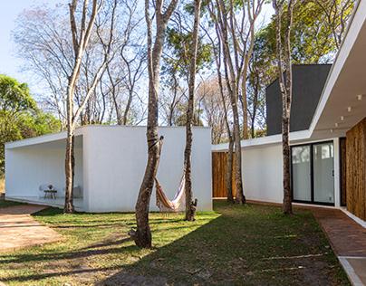Soil House in Serra do Cipó by Tetro Arquitetura