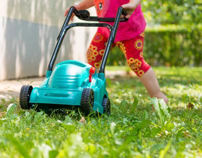 Fun Play Lawn Mowers for Little Gardeners