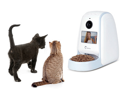 AUTOMATIC FEEDER FOR PET