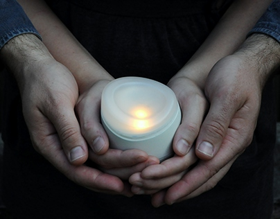 Lovlit Candle: Internet-Connected Candle