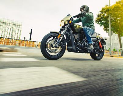 Editorial Custom Machines - Harley Davidson Street Rod