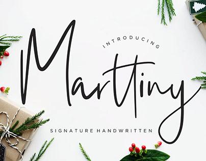 Marttiny Handwritten Font