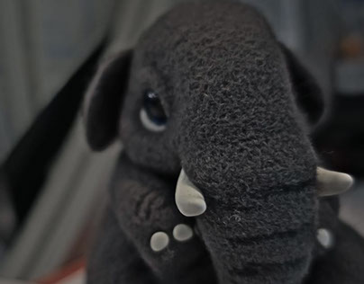 Elephant - Needle felted sculpture