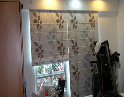 Stylish Roman Blinds for Home and Office