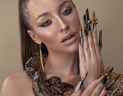 Gold Snake for Scorpio Jin Mag