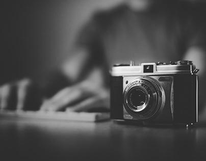 Camera Retro Style