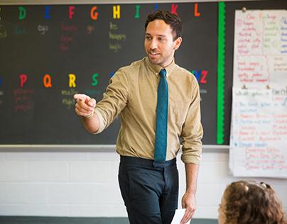 Robert Saunders Teacher Importance of History