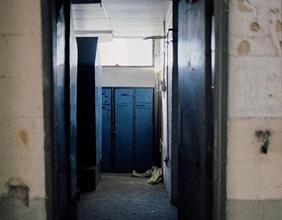 Abandon in Aberdeen w/ Lomo Metropolis