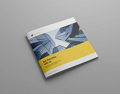 Brochure Mock-up / Square