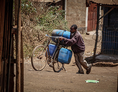 Water projects AMREF Healthcare Africa in Kenia
