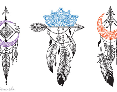 Arrows with feathers in ethnic patterns