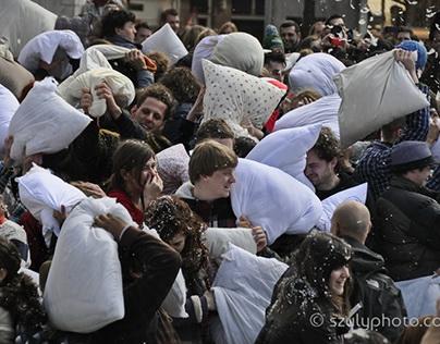 Pillow Fight Day Amsetrdam