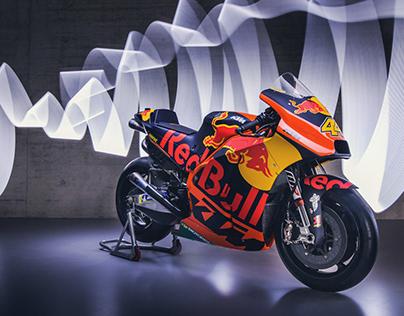 KTM RC16 MOTOGP Team AD / Photo