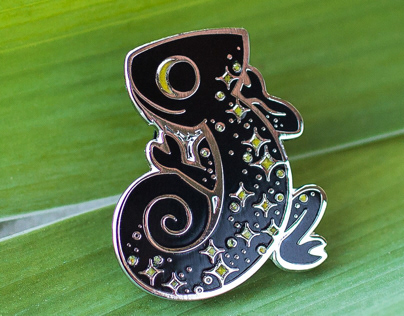 Chameleon Pin