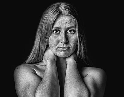 Black and white portrait of Pauline Tarberg
