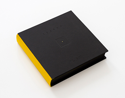 CZARNO (BLACK), artbook