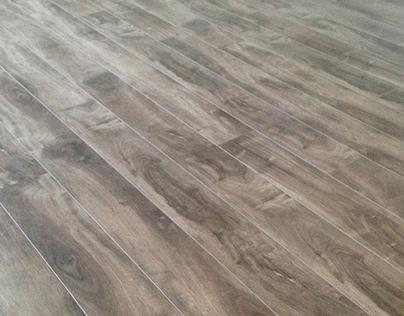 Flooring Installation - Pose de Plancher