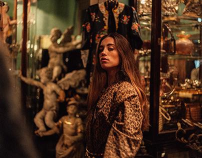 Laura in Munich 2020 // Vintage Store