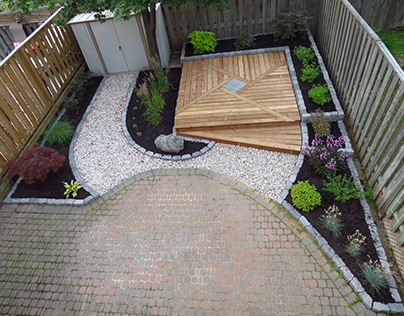 Townhouse Backyard Reno