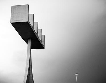 Traços e Formas de Brasília: Campanário da Catedral