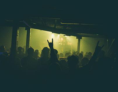 Undertones - Cordoba Ibiza pareo L esec Rooi