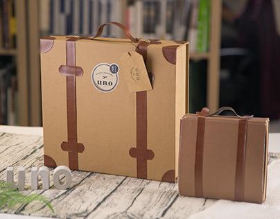 Uno Pop-Up Gift Box