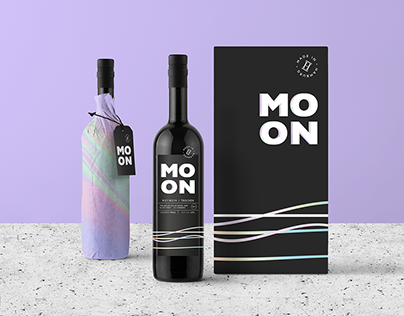 """MOON"" Wine Branding/Packaging"
