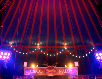 Circus Raluy by night