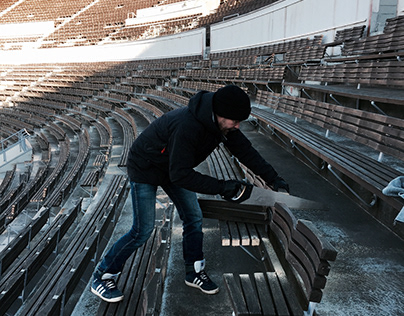 Selling all the seats of Helsinki Olympic Stadium