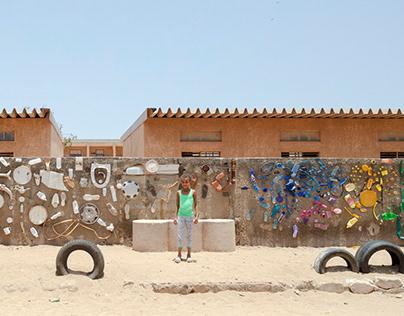 Recycle Wall - Senegal