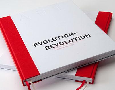 Evolution Revolution // Bachelor Thesis