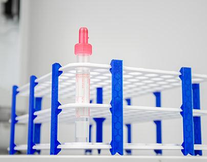 Lab racks for COVID-19 testing /// Warsaw Genomics