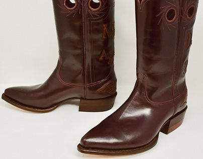 SUMPTUARY Boots