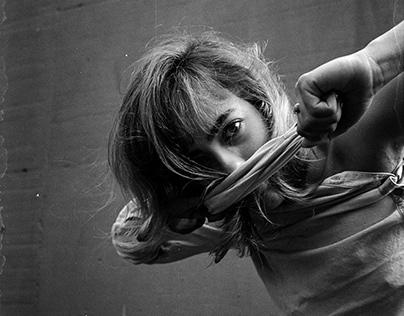 Dancing Portrait / Carol