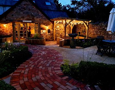 Peel Projects Landscaping @ Tudor Farmhouse Hotel