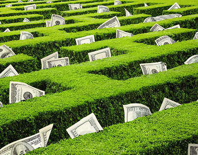 How Do Hedge Funds Operate?