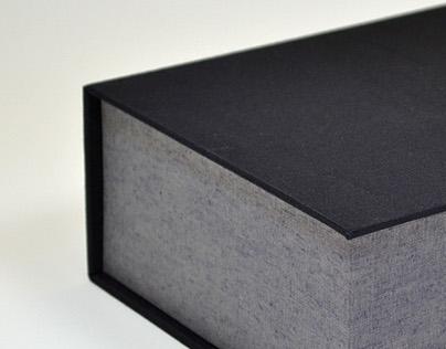 Drop-Spine Box
