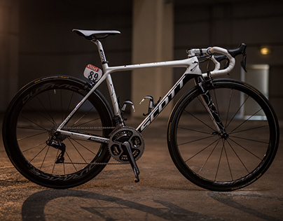 Yates Brothers - Two-side bike - SCOTT Addict