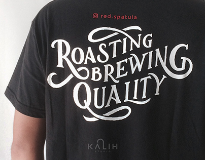 Roasting & Brewing Quality - T-Shirt