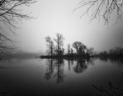 :Foggy Day On The James: