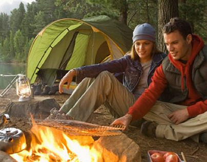 Mơ thấy đi cắm trại là điềm báo hên hay xui?