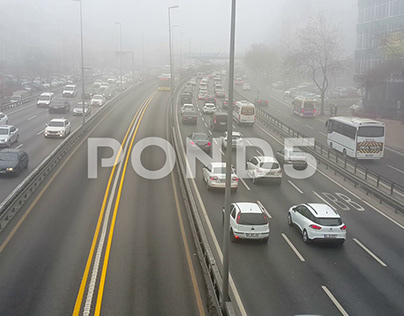 Footage / Traffic In Foggy Weather Video Art